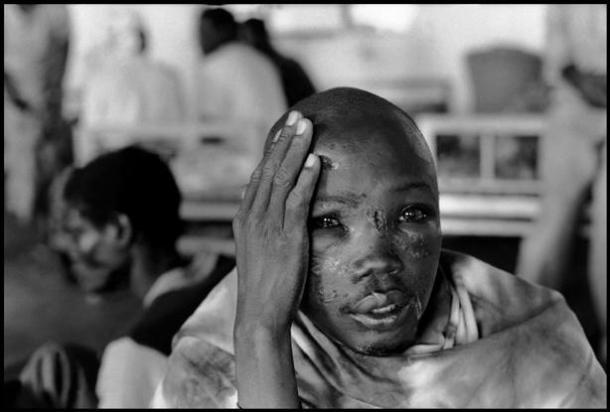 Kabgayi. Hospital cercano al campo de concentración | Foto: Gilles Peress