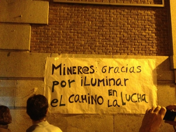 Imagen vía Hilda Salas @HsalasteleSUR #nocheminera