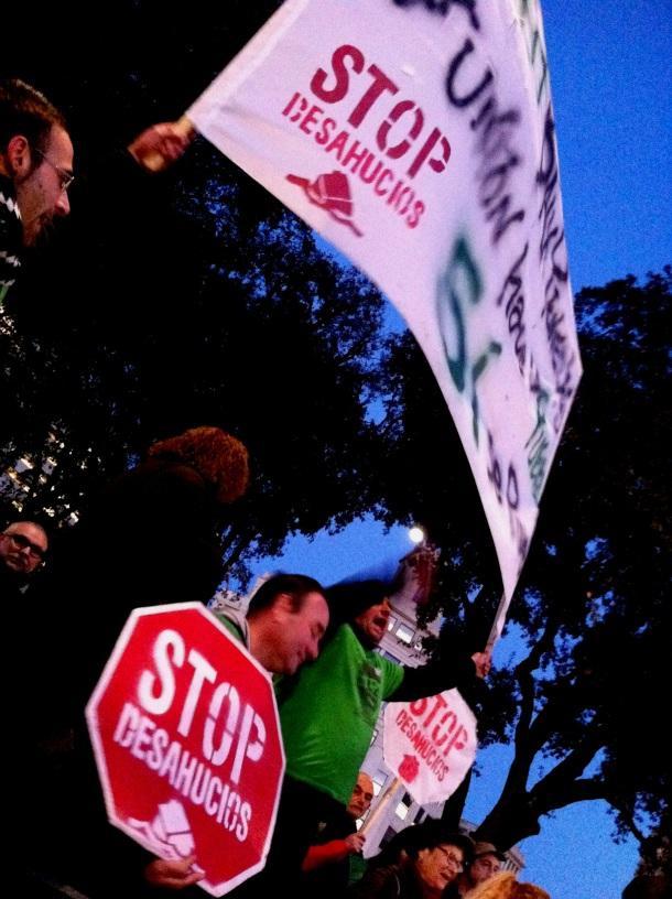 20130224_Debemos parar la sangría en los derechos sociales