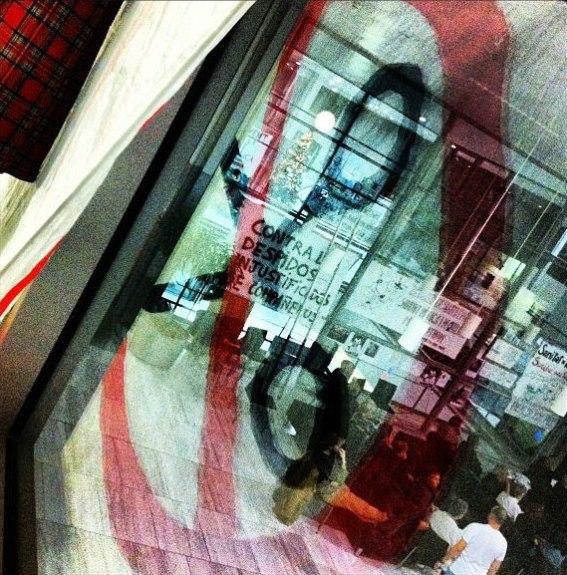 Encierro en el Hospital Sant Pau de Barcelona contra los despidos injustificados | Foto: Mónica Solanas