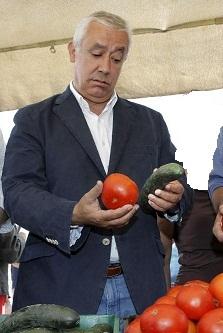 Javier Arenas no come tres veces aldía